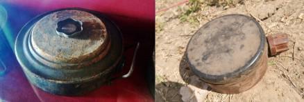 (左)対戦車地雷 200kg以上の圧力で爆発する。カンボジアでは、トラックや耕運機が踏んで爆発する事故が多い (右)旧ソ連制対人地雷PMN 3~5kgの圧力で爆発する