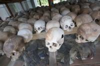慰霊塔に納められている虐殺犠牲者の頭蓋骨