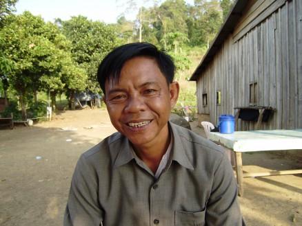 第3回放送(1月12日) チャン・ラット(53才) / 村長 / 元クメールルージュ兵。内戦当時のことを熱く語ってくれる。