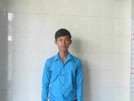 トゥアン・ラタナ,22歳